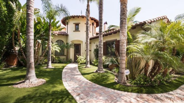 spanish-style_luxury_home_in_tarzana